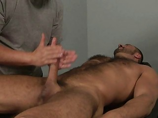 muscled gay stud obtains his anal tasted on