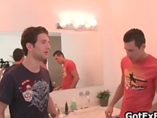 steamy gay threesome cock licking part2