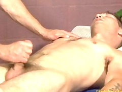 straight boy blows filling in