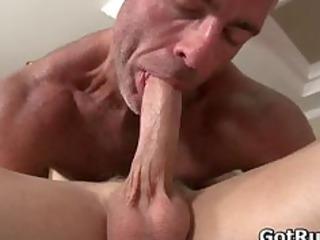 massage pro into deep bottom wrecking gay part1