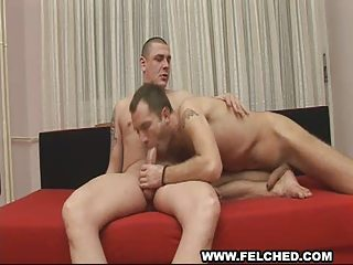 stud gives gay pretty arse bareback