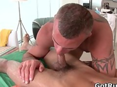 massage pro obtains his sweet anal banged part3